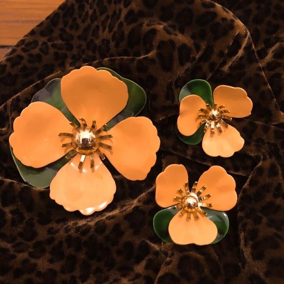 Sarah Coventry Vintage Brooch/Earrings Set